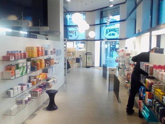 empresas reformas pamplona farmacia