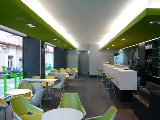 reforma locales en pamplona cafeteria